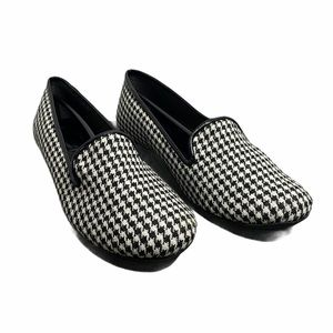 pluggz Dido Black & White Houndstooth Loafer